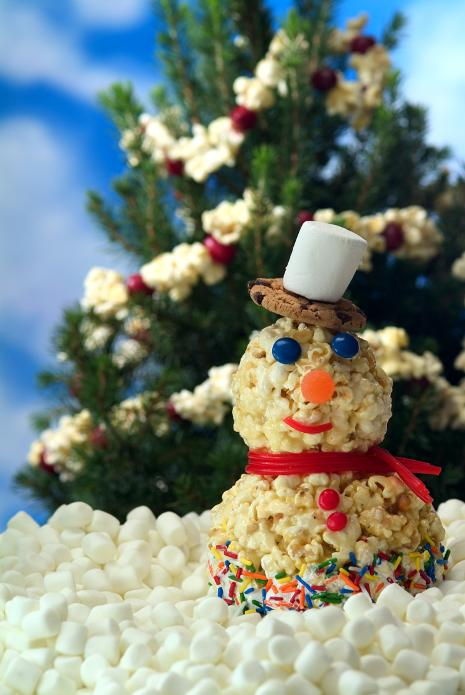 Holiday Popcorn Snowman Craft for Kids Recipe